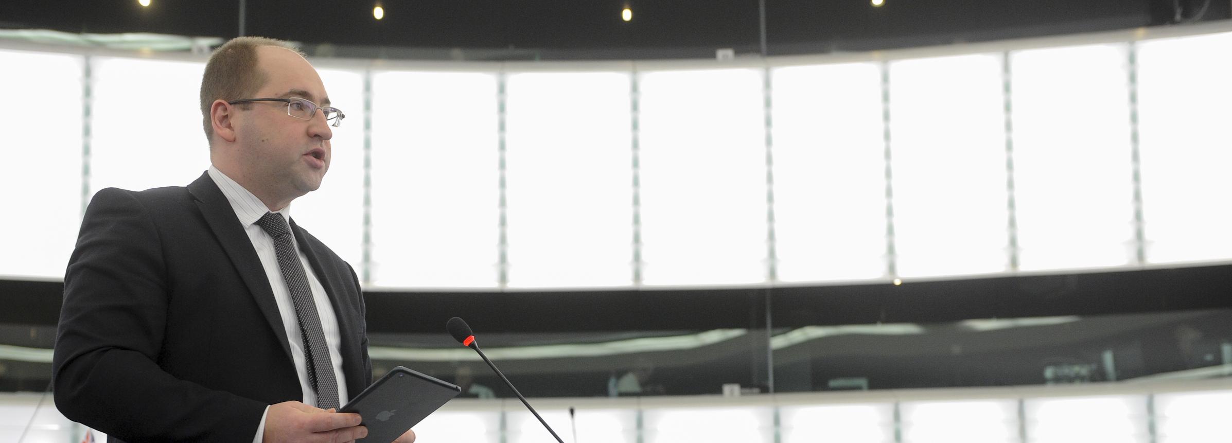 Interpelacja Adama Bielana w sprawie dyrektywy o leczeniu transgranicznym