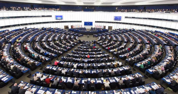Parlament Europejski przyjął dyrektywę o raportowaniu pozafinansowym